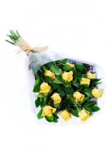 Стандартный букет из желтых роз.