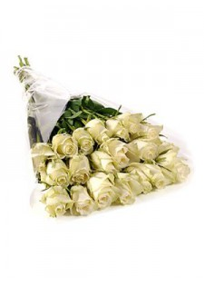 Большой букет из белых роз